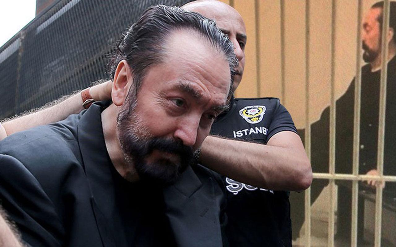 Turquie: un télévangéliste musulman qui a posé avec des femmes sexy condamné à 1075 ans de prison