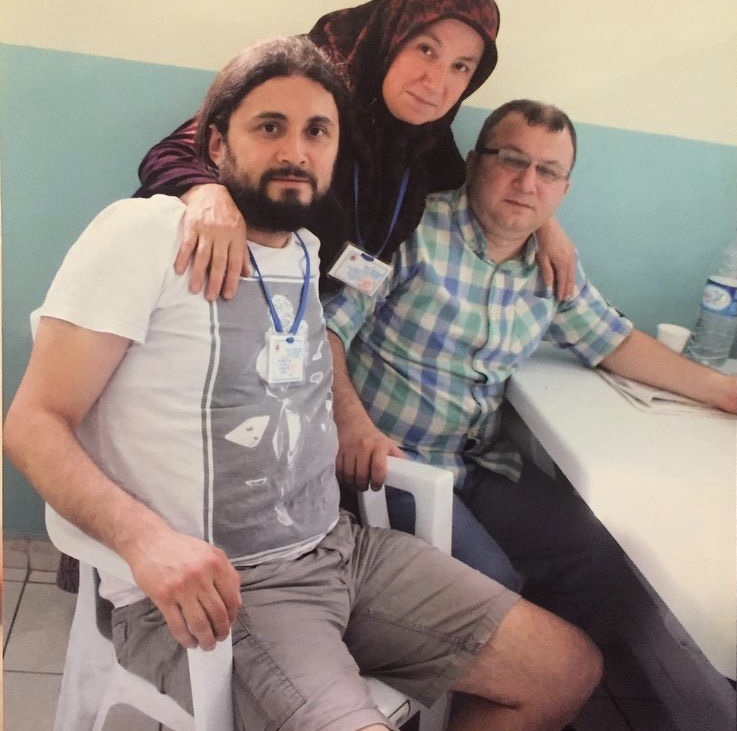 Beyaz sandalyede ölümün ardından Kabakçıoğlu'nun kardeşi yazdı 5